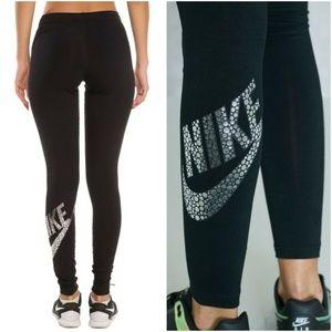 Nike Leg-A-See Leggings sz XS Style# 806231-010